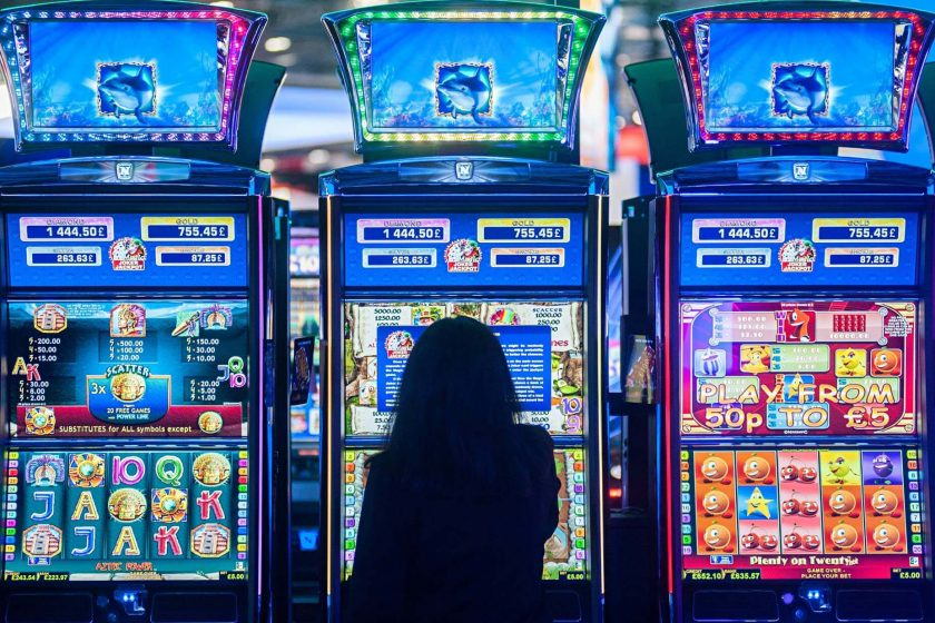 ¿Por qué son tan divertidos los juegos de maquinitas de dinero?